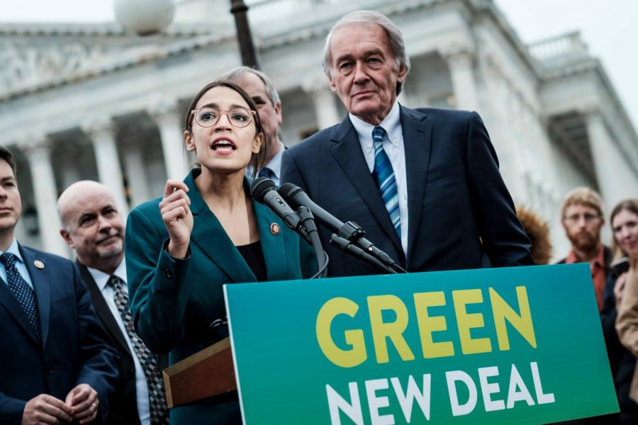 Ocasio+and+Markey+announcing+The+Green+New+deal+at+a+press+conference%28Credit%3AThe+New+York+Times%29