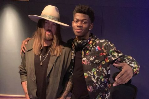 1b430988725ee The country icons collaborated on the official remix of Old Town Road,  which debuted on April 4. Since then, the song on YouTube has over ...
