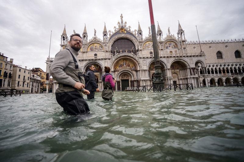 Flooding in St. Mark's Square. (Credit: Filippo Monteforte)